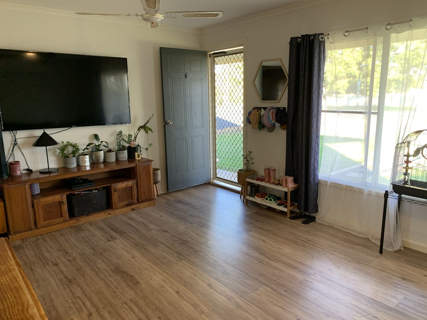 18-20 Pine St, Curlewis NSW 2381, Image 2