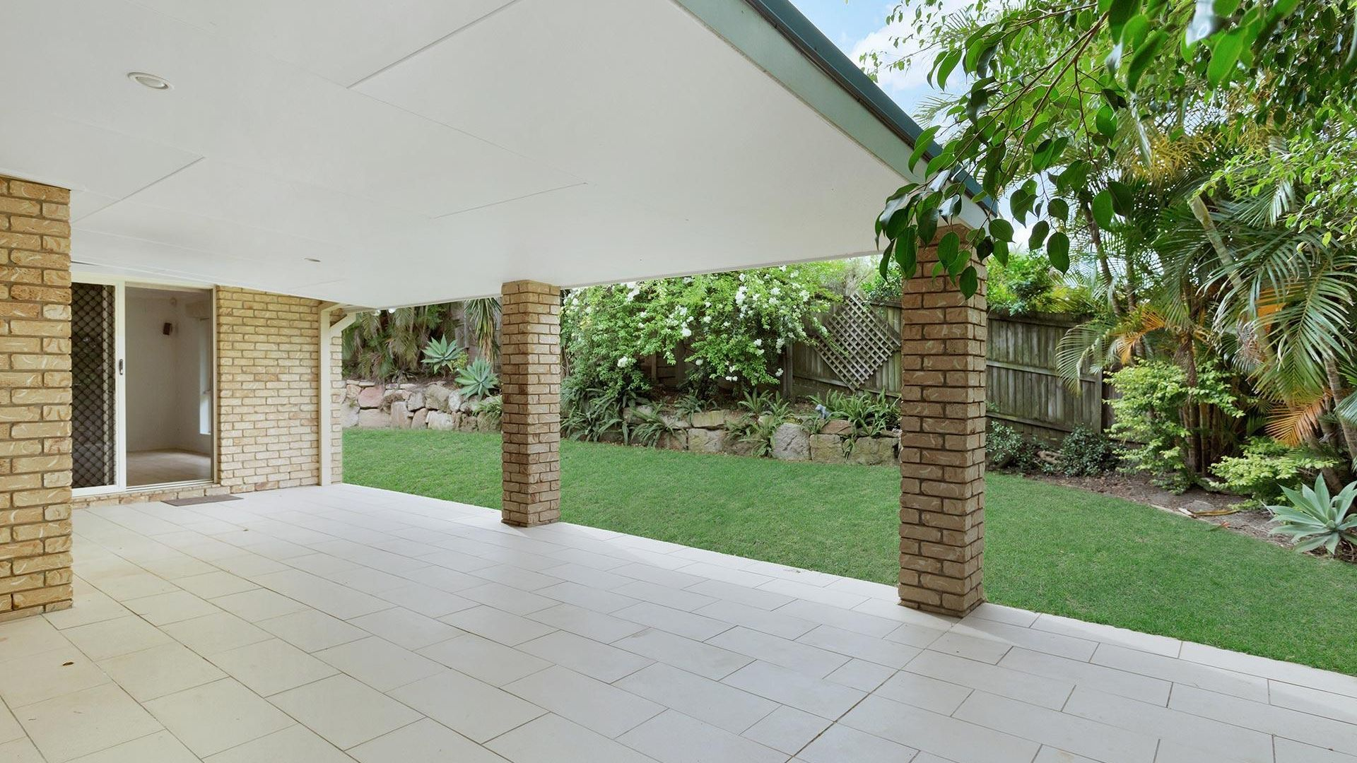 1 Lahey Close, Wynnum QLD 4178, Image 1
