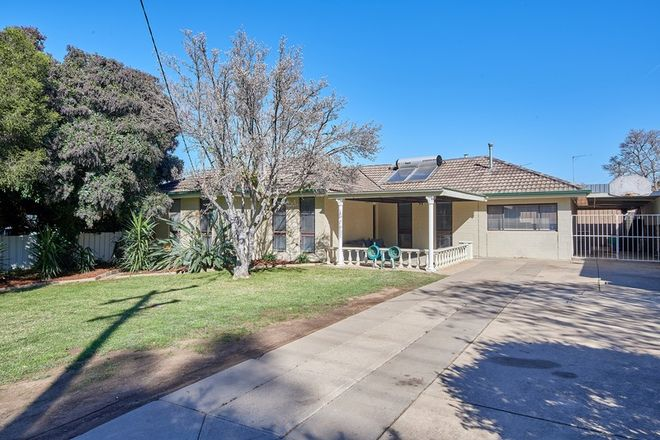 Picture of 2 Marloo Crescent, KOORINGAL NSW 2650