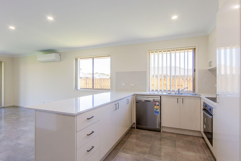 7 Azure Street, Rosewood QLD 4340, Image 1