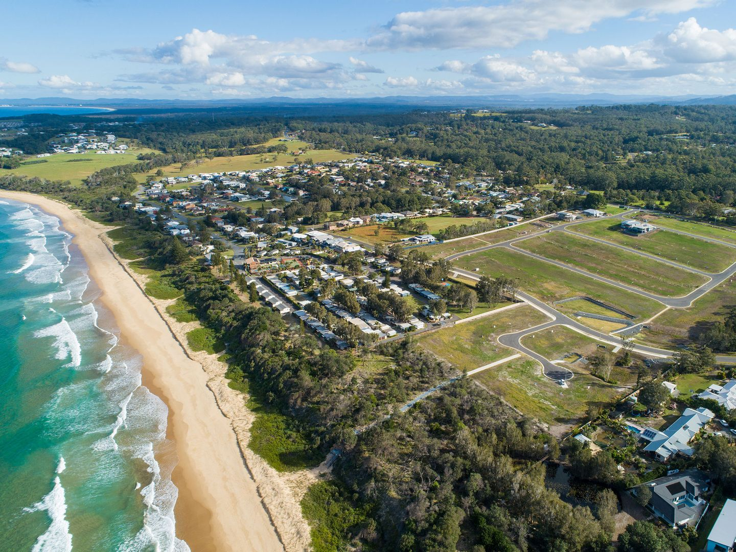 4 Seaside Place, Diamond Beach NSW 2430, Image 0