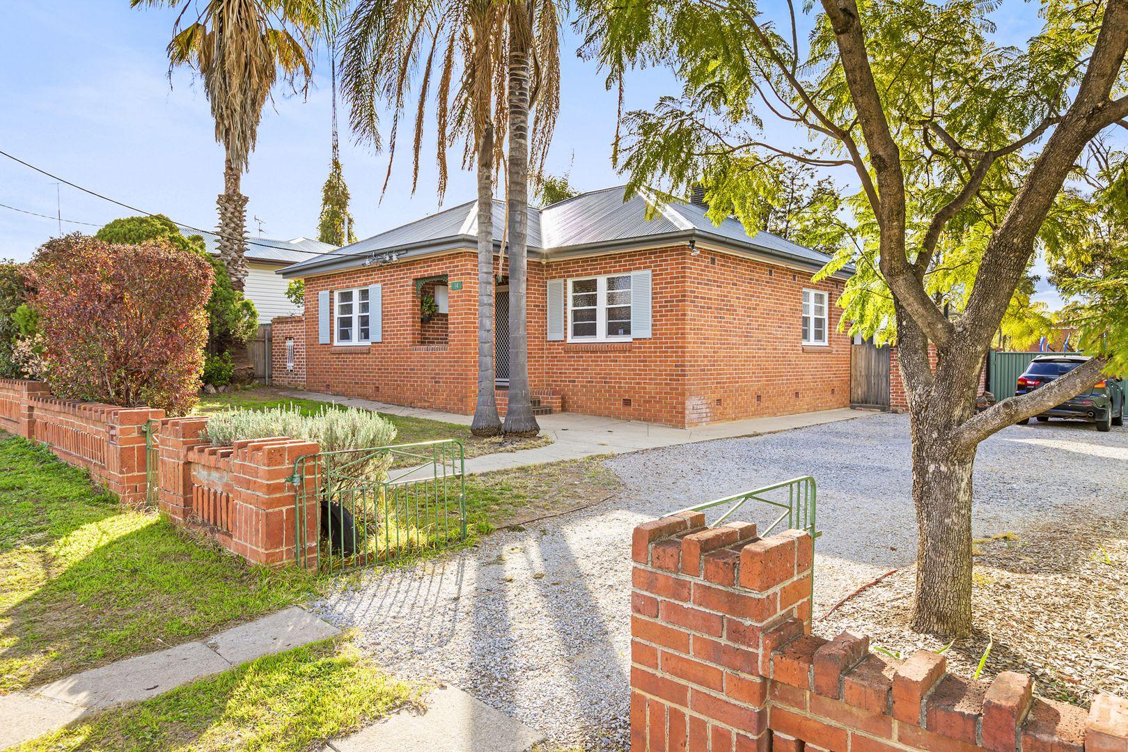 14 Robyn Street, Tamworth NSW 2340, Image 0
