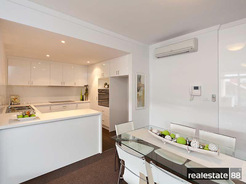 7/176 Newcastle Street, Perth WA 6000, Image 2