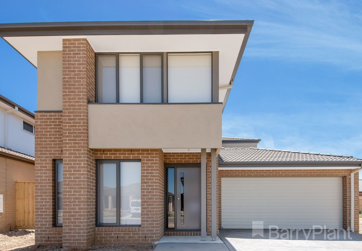 6 Dapple Crescent, Clyde North VIC 3978, Image 0