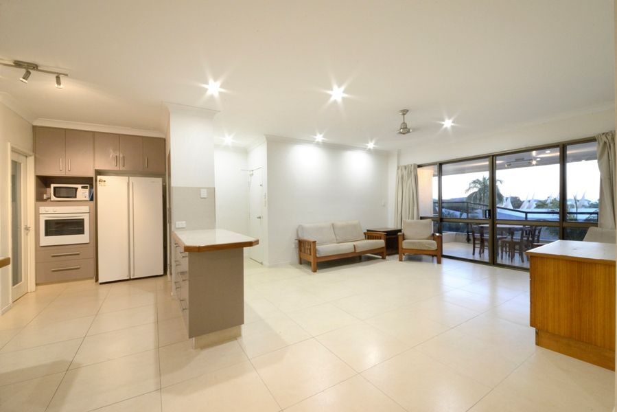 4/2 Eshelby Drive, Cannonvale QLD 4802, Image 1