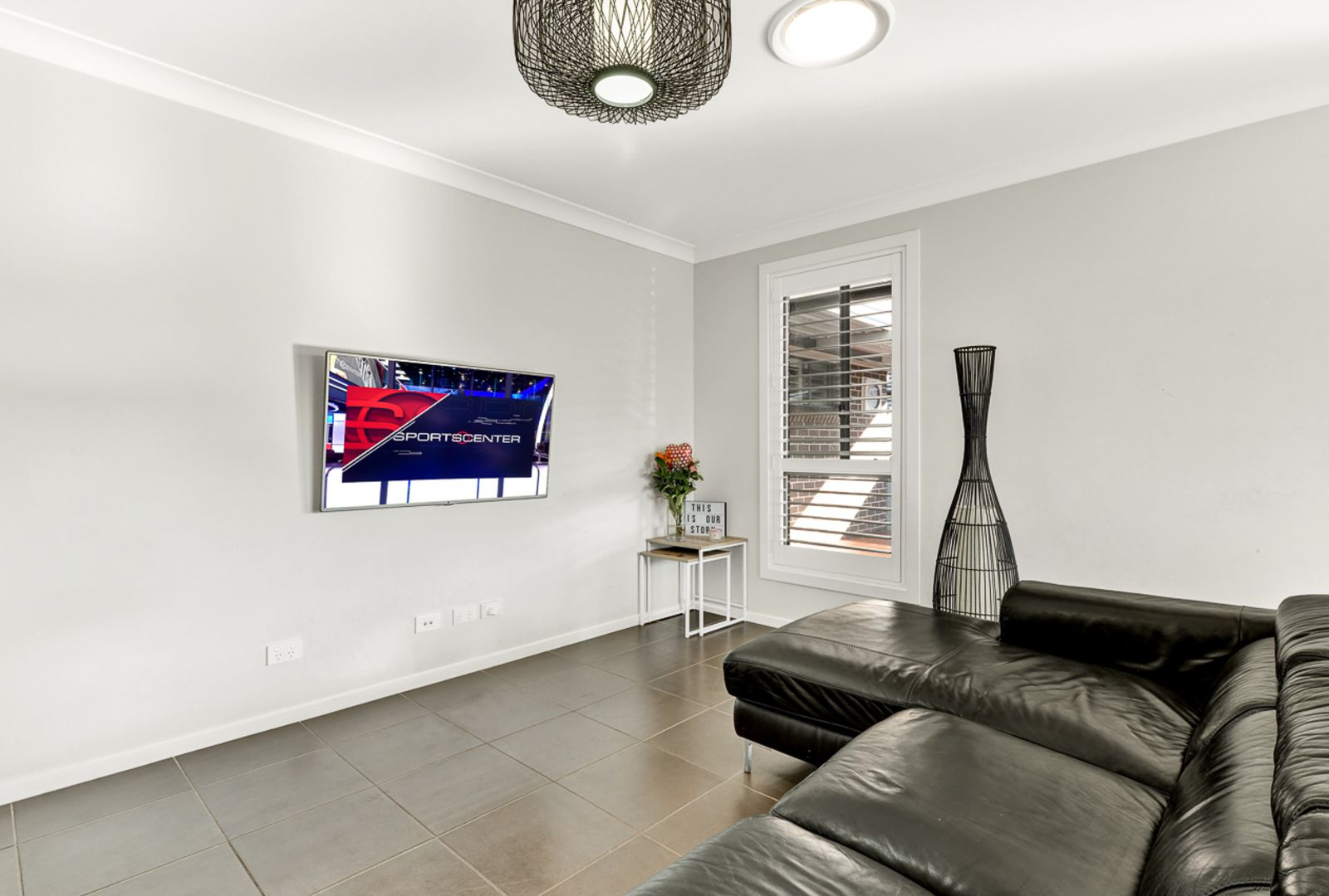 30 Jubilee Cct, Rosemeadow NSW 2560, Image 1