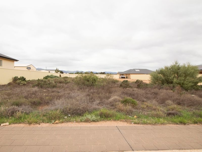 24 Duregon Street, Stirling North SA 5710, Image 2