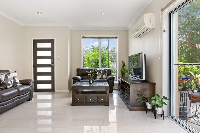 Picture of 1/62 Lewers Street, BELMONT NSW 2280