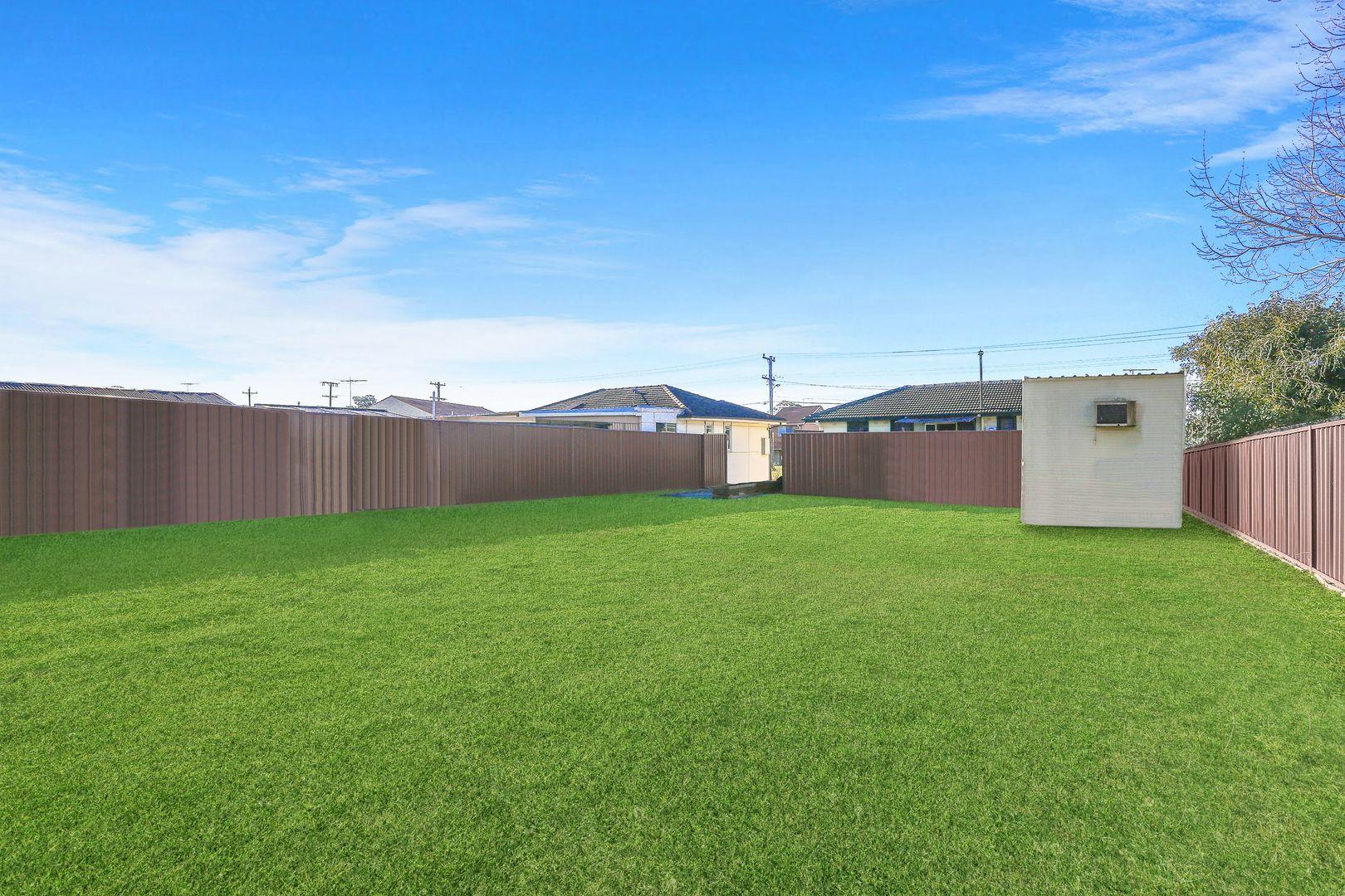 22 Graham Avenue, Casula NSW 2170, Image 2