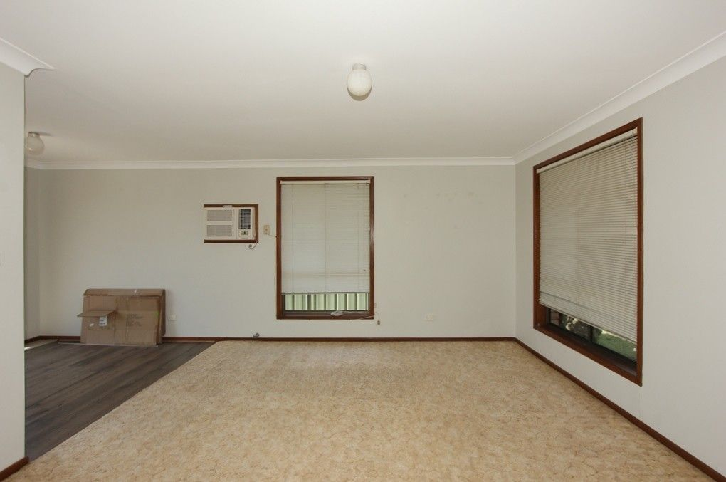 69 Regiment Rd, Rutherford NSW 2320, Image 2
