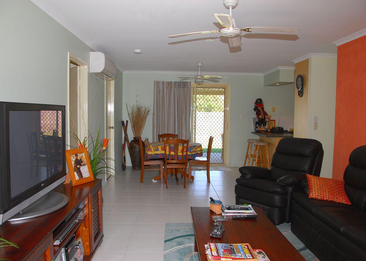 14 Ross Street, Urangan QLD 4655, Image 2