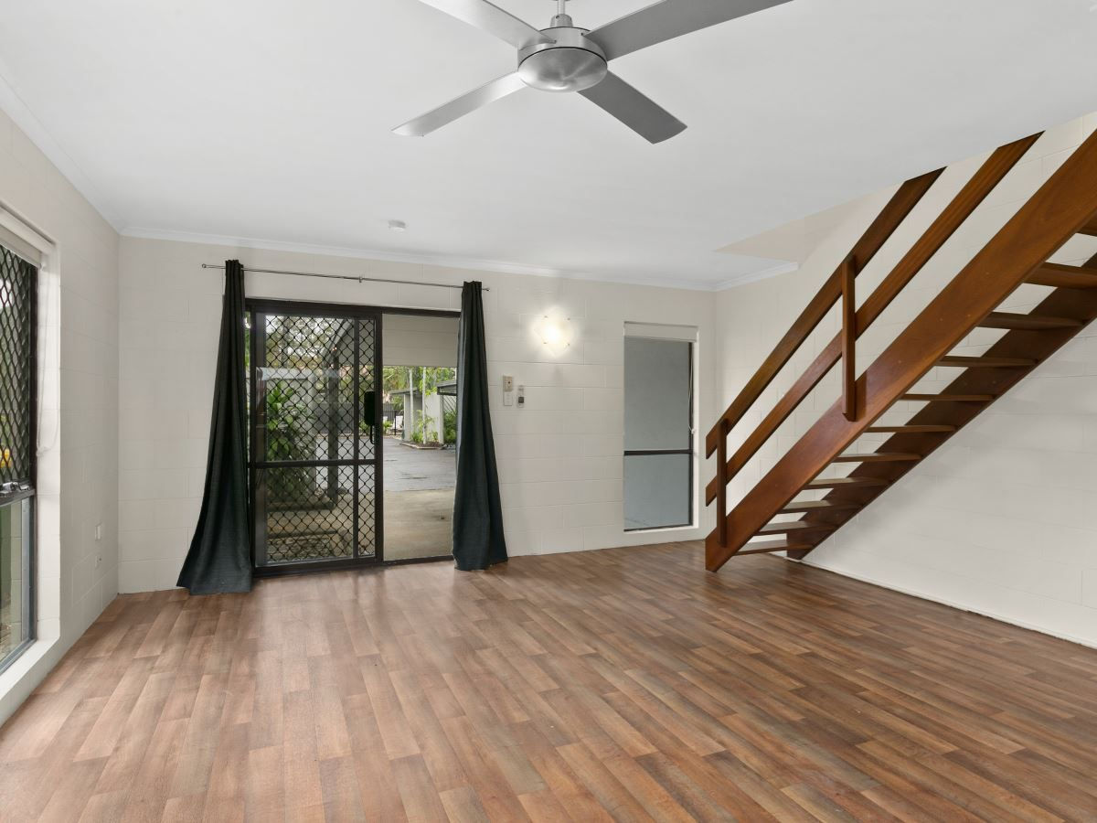 7/501 Varley Street, Yorkeys Knob QLD 4878, Image 2