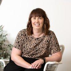 Maddy Nitschke, Property Manager