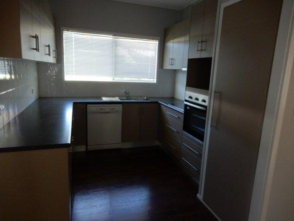 4 Leichhardt Street, Emerald QLD 4720, Image 2