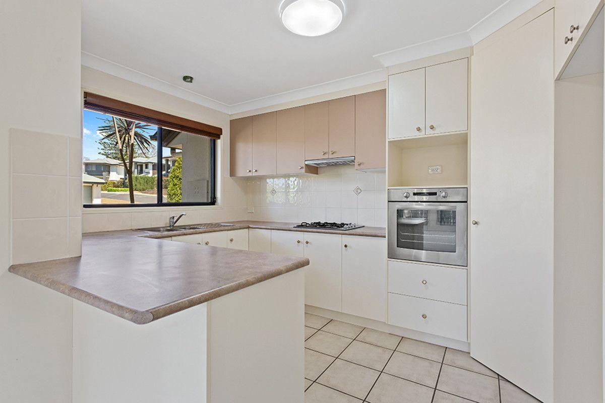 18/1 Cossart Street, Centenary Heights QLD 4350, Image 1