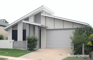 Picture of 270 Lakeside Avenue, Springfield Lakes QLD 4300