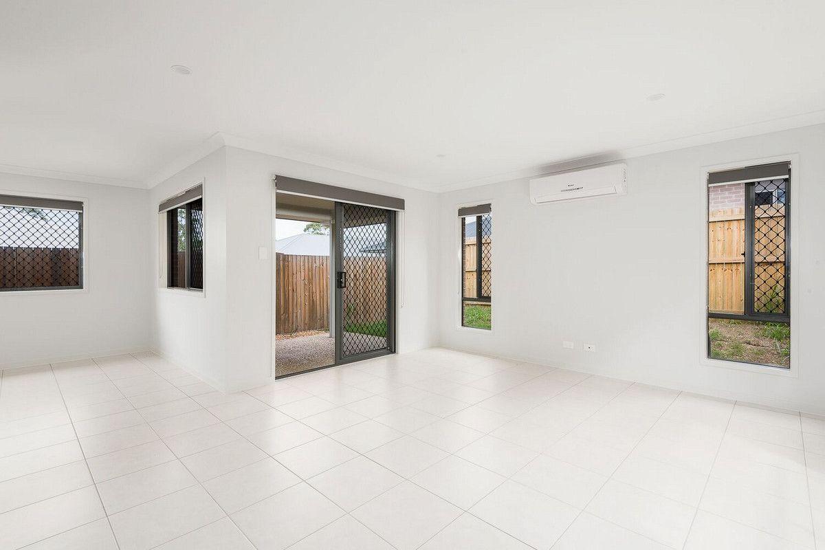 9 Wattlebird Court, Redbank Plains QLD 4301, Image 2
