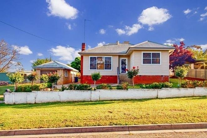 Picture of 10 Lillian St, JUNEE NSW 2663