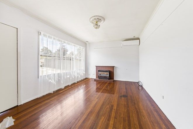 Picture of 27 Chestnut Drive, DOVETON VIC 3177