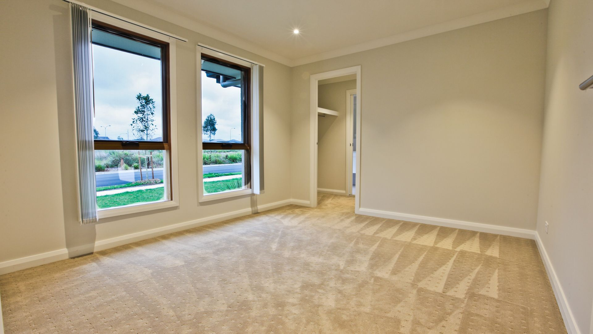 68 Discovery Circuit, Gregory Hills NSW 2557, Image 2