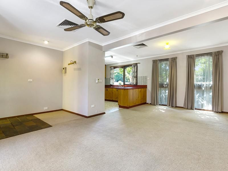 4/3 Coppin Close, Mitcham VIC 3132, Image 0