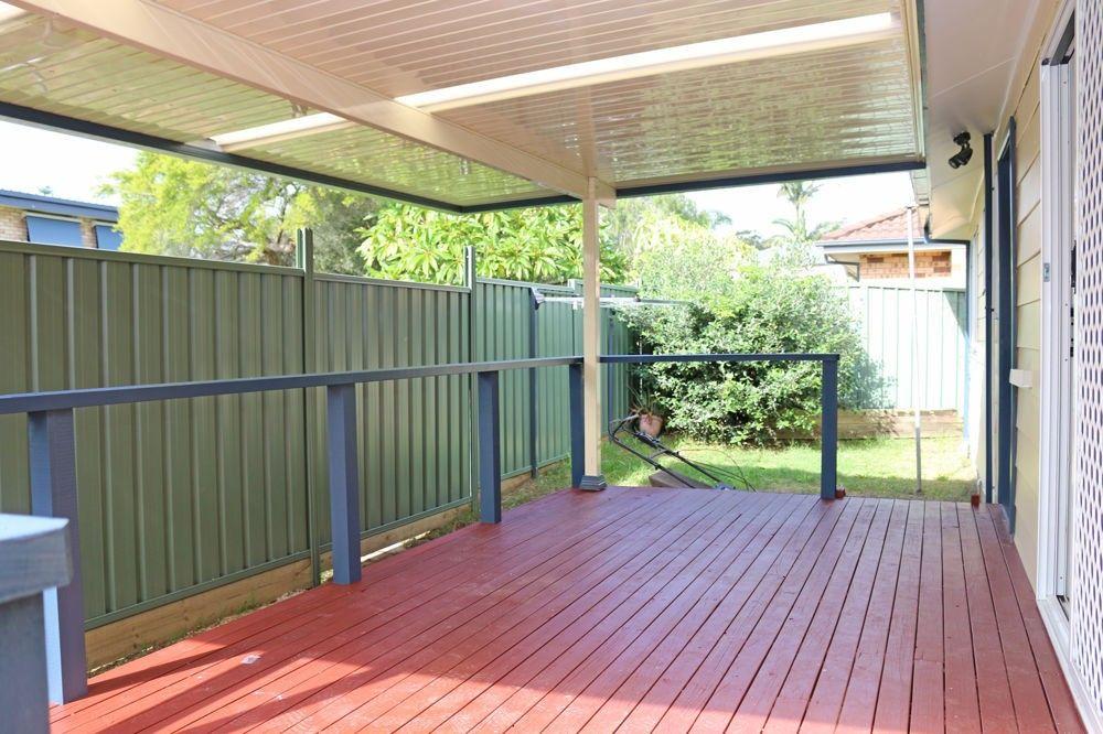 17 Pearce Road, Kanwal NSW 2259, Image 2