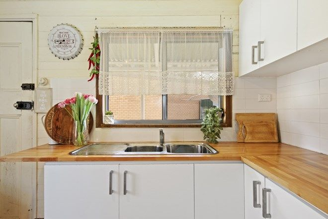 Picture of 89 Melbourne  Street, ABERMAIN NSW 2326