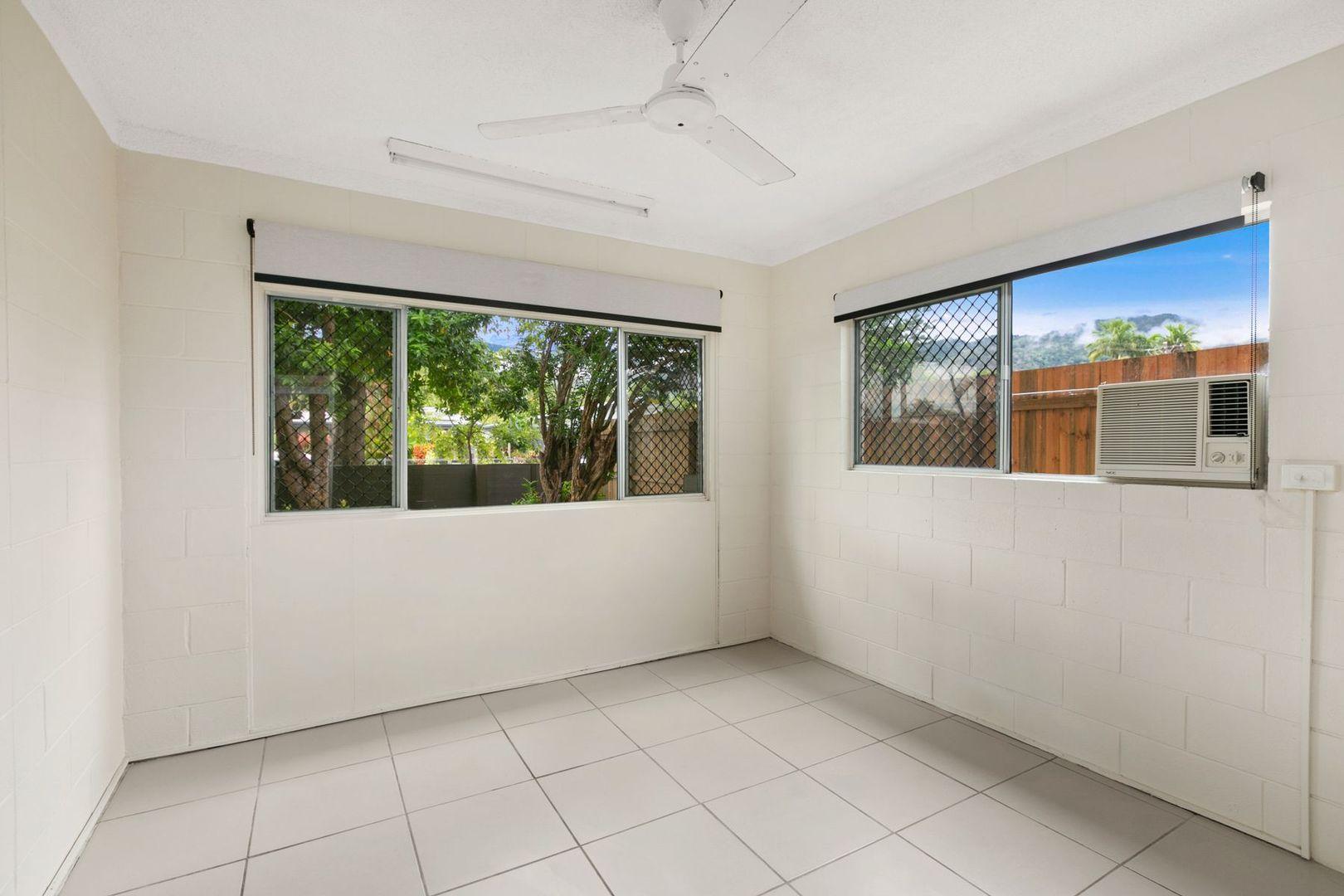 1/9 Sondrio Street, Woree QLD 4868, Image 2