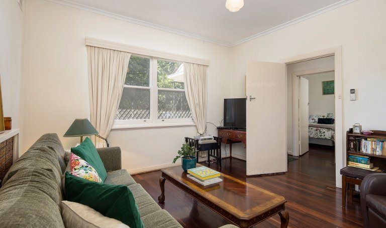 32 Tenth Avenue, St Peters SA 5069, Image 1
