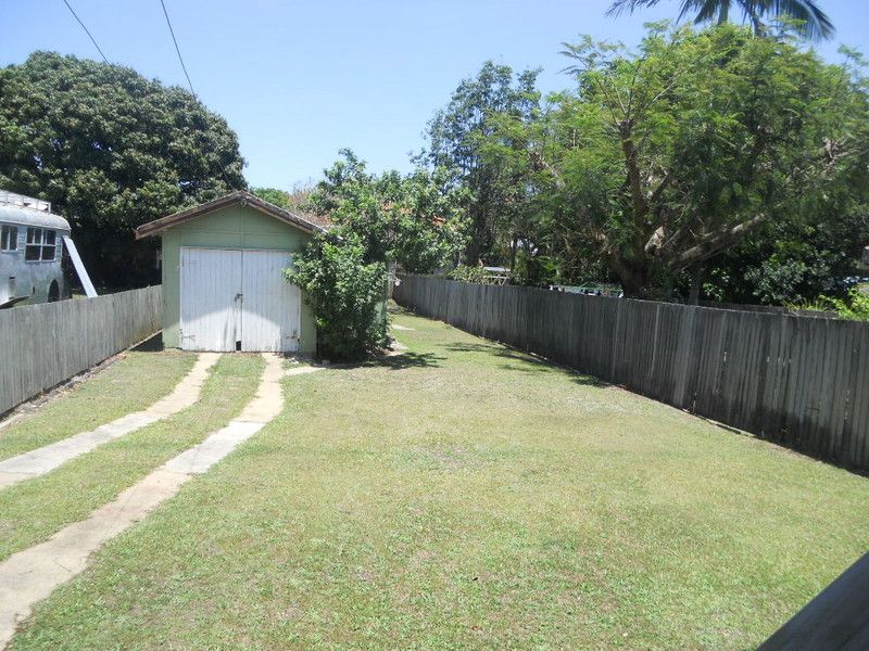 15 Alfred Street, Woody Point QLD 4019, Image 4