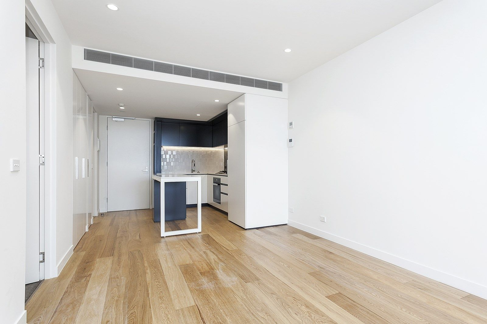512/158 Smith Street, Collingwood VIC 3066, Image 2