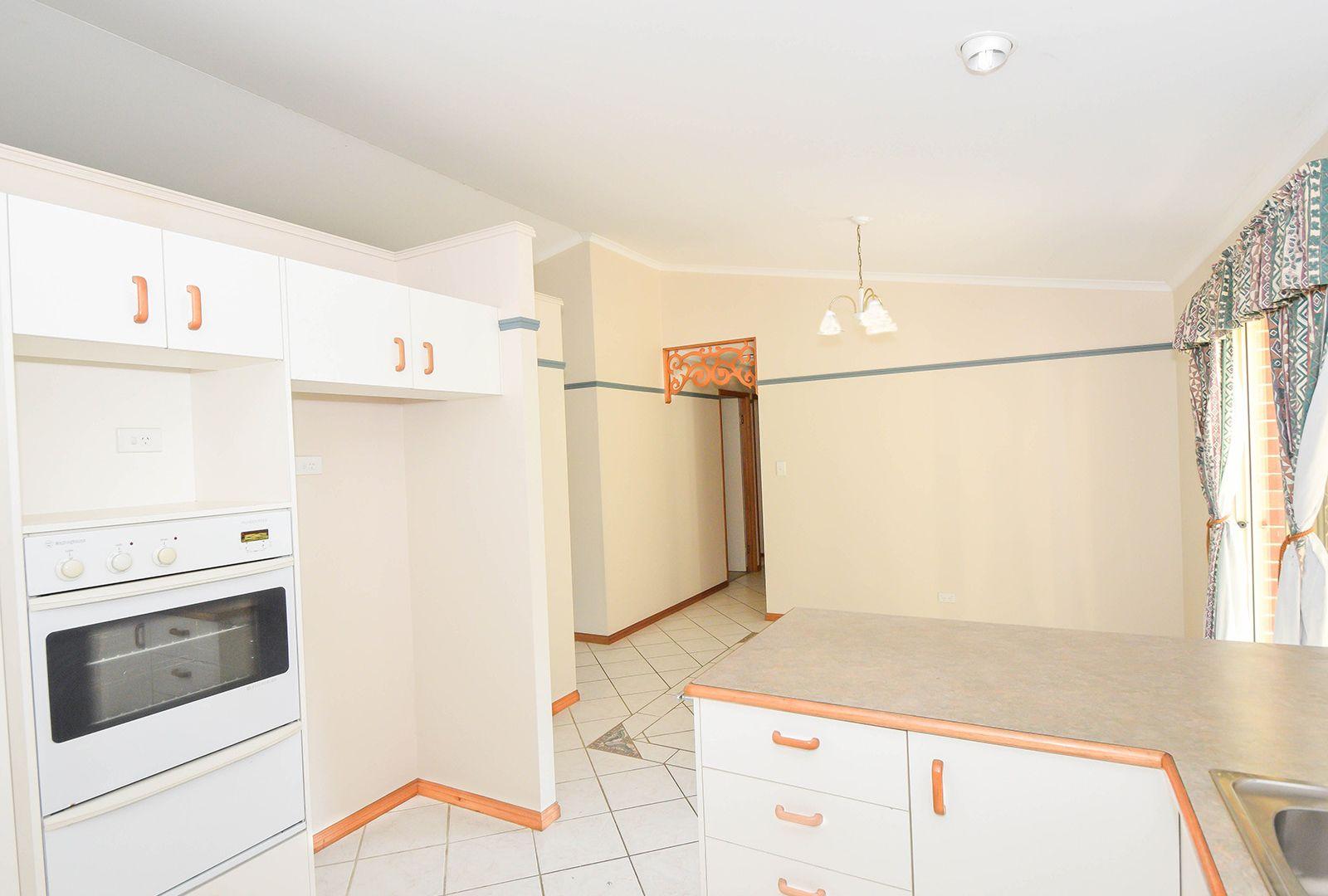 7 McCall Place, Bli Bli QLD 4560, Image 2