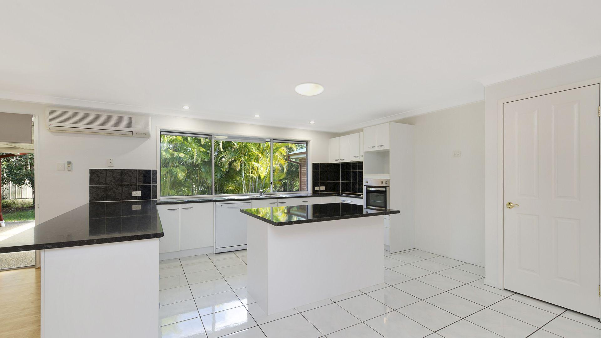 41 Glasstail Crescent, Narangba QLD 4504, Image 2