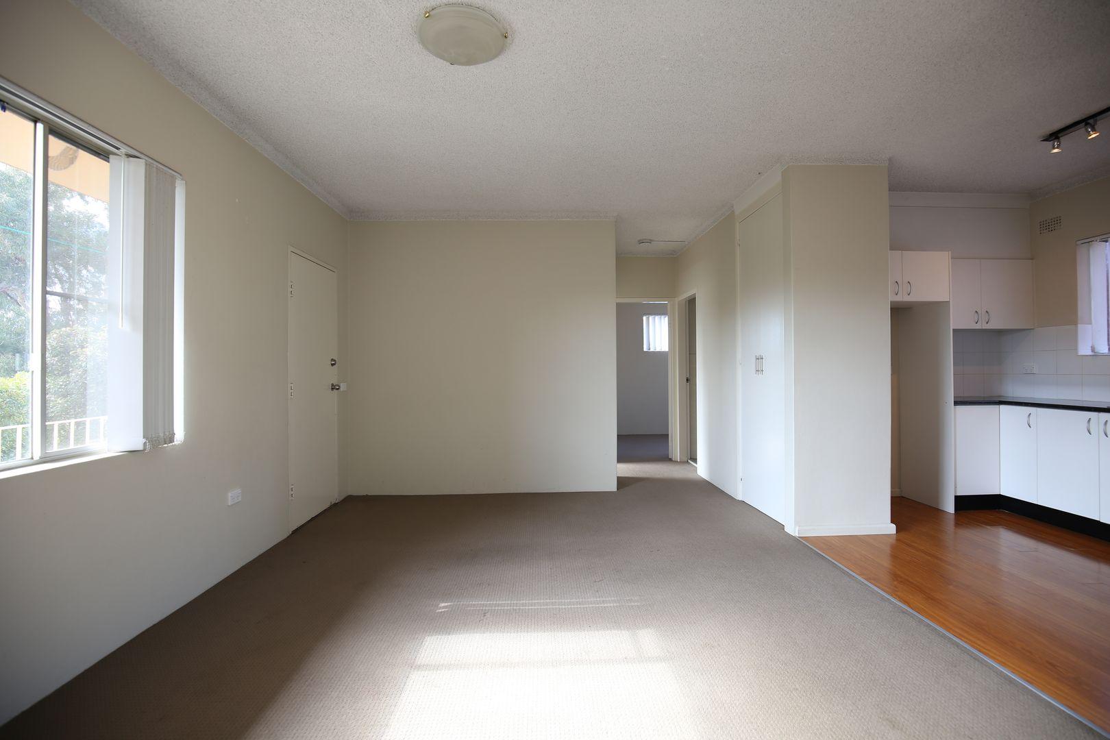 3/14 Burrendong Way, Orange NSW 2800, Image 2