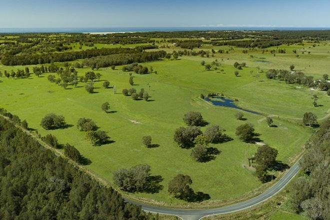 Picture of 554 Manning Point Road, OXLEY ISLAND NSW 2430