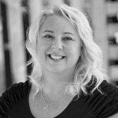 Elona Gersback, Property Manager