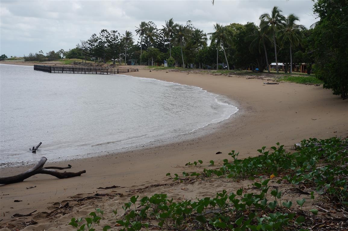 54 Davison Rd, Wilson Beach QLD 4800, Image 1