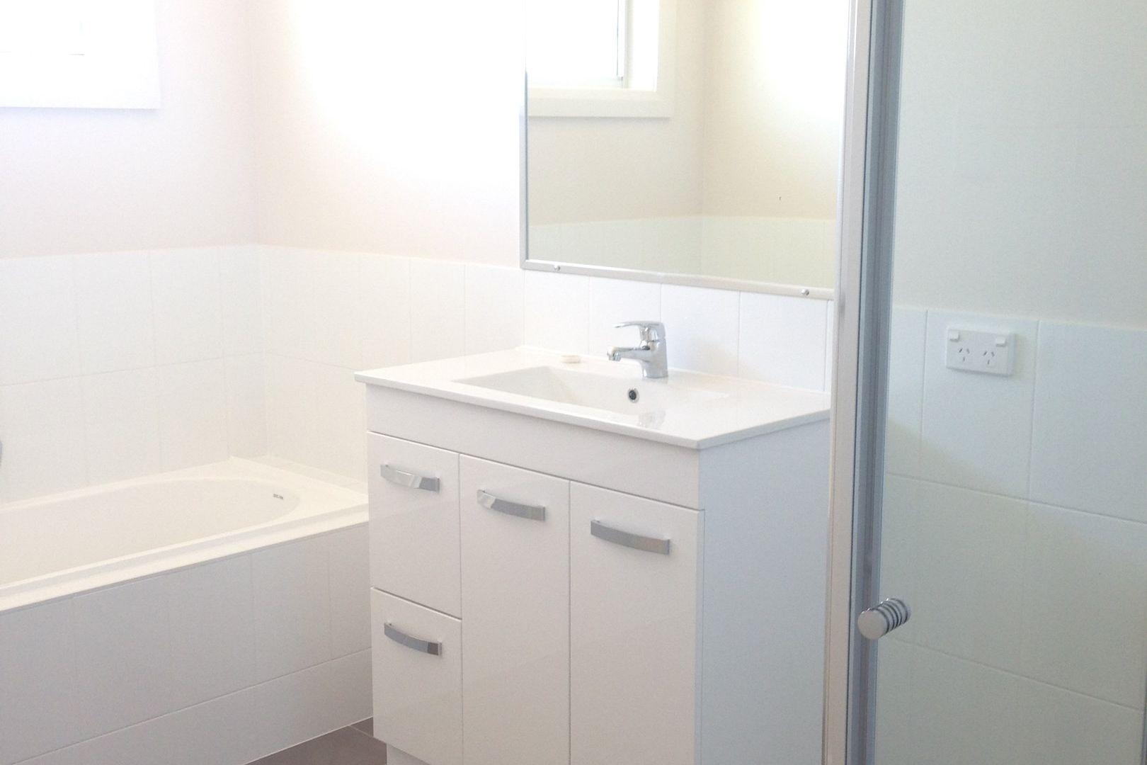 64 Kenny Drive, Tamworth NSW 2340, Image 2