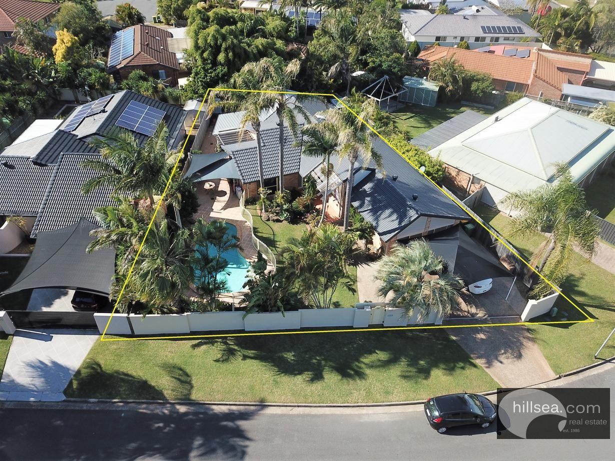 23 Sundown Drive, Paradise Point QLD 4216, Image 2