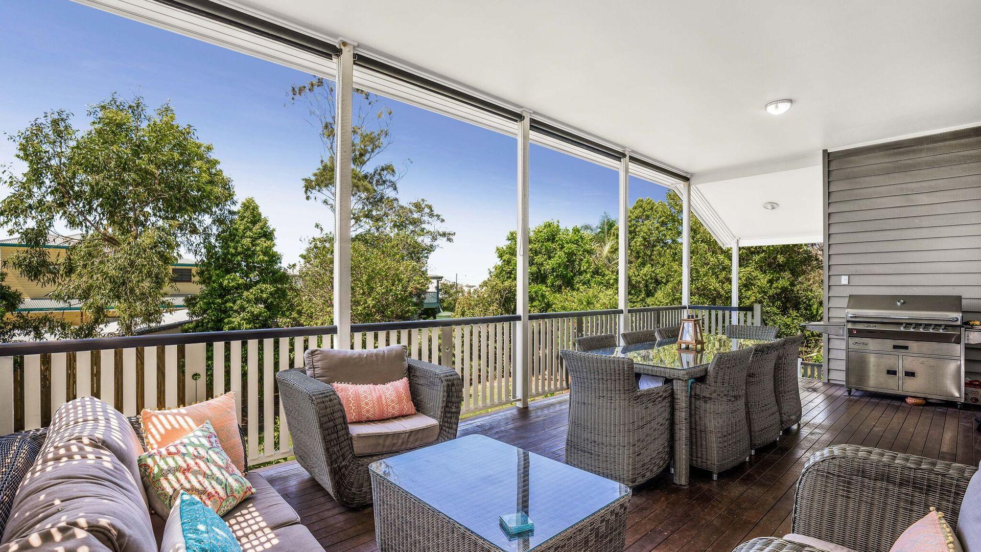 12 Carlton  Terrace, Wynnum QLD 4178, Image 1