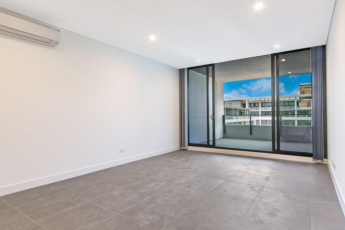 F825/1 Broughton Street, Parramatta NSW 2150, Image 2