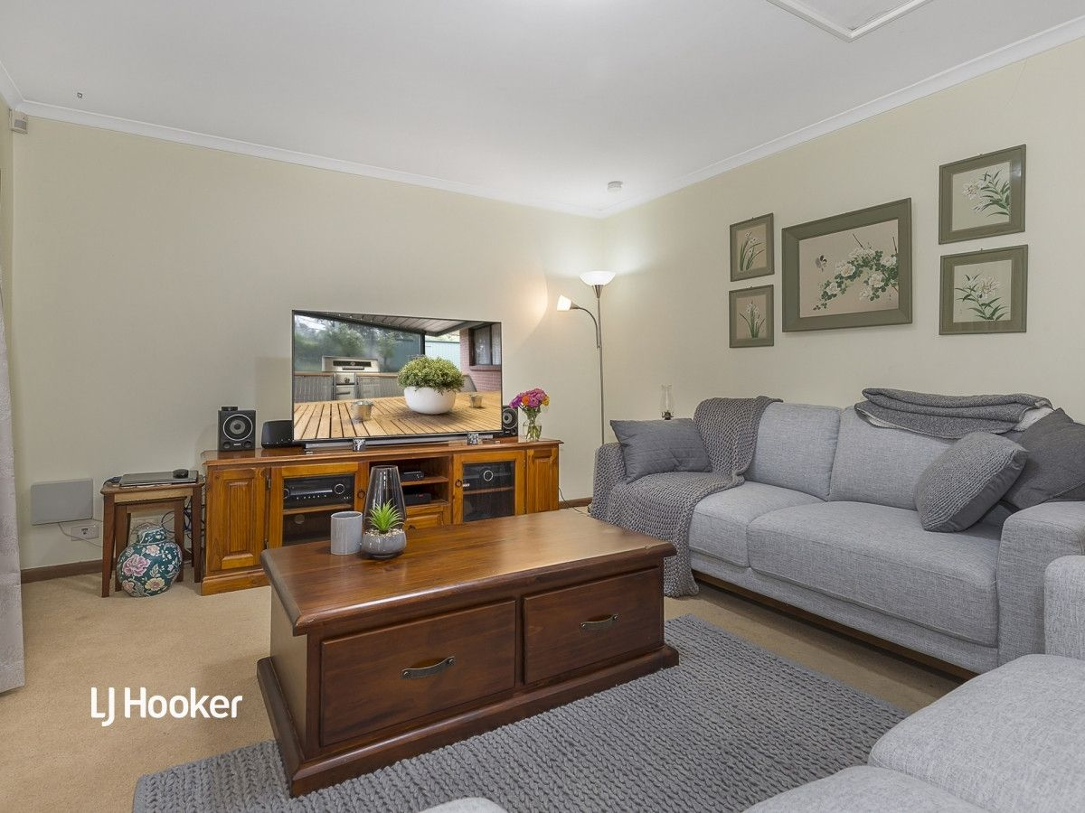 24 Columbia Crescent, Modbury North SA 5092, Image 2