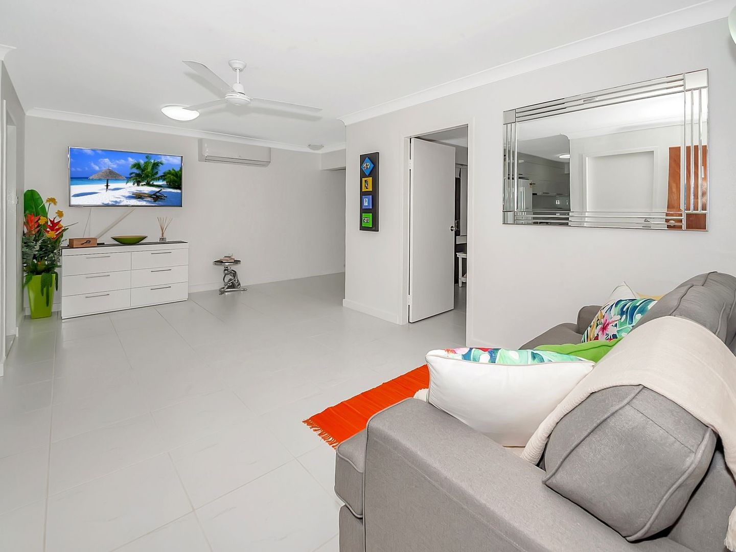 3/148 Abbott Street, Cairns City QLD 4870, Image 2