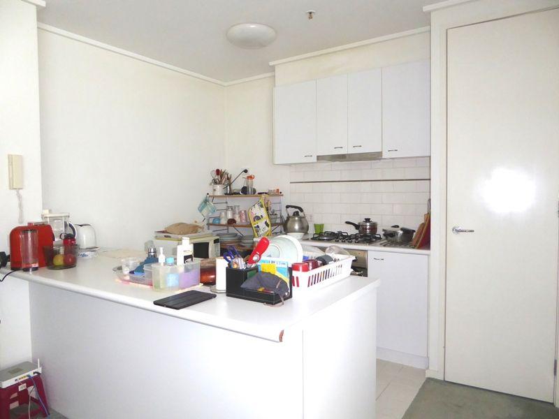 502/28 Bank Street, South Melbourne VIC 3205, Image 2