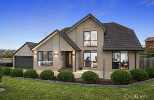Picture of 23 Sienna Crescent, Endeavour Hills VIC 3802