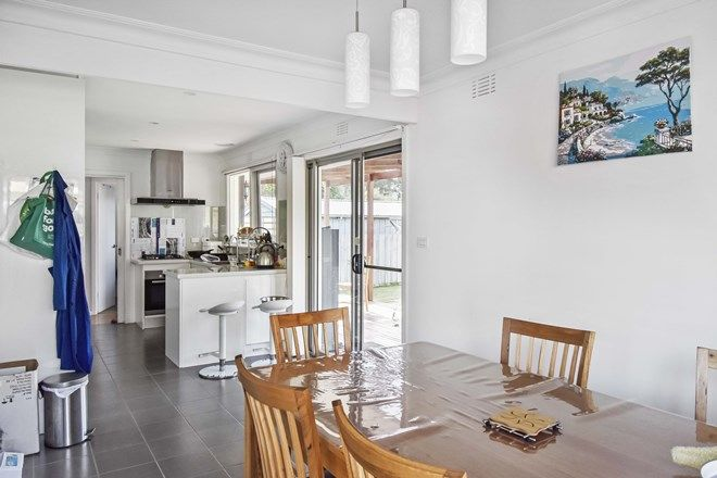 Picture of 9 Bluehills Avenue, NUNAWADING VIC 3131