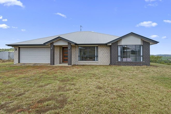 Picture of 8 Sunshine Way, KINGSTHORPE QLD 4400