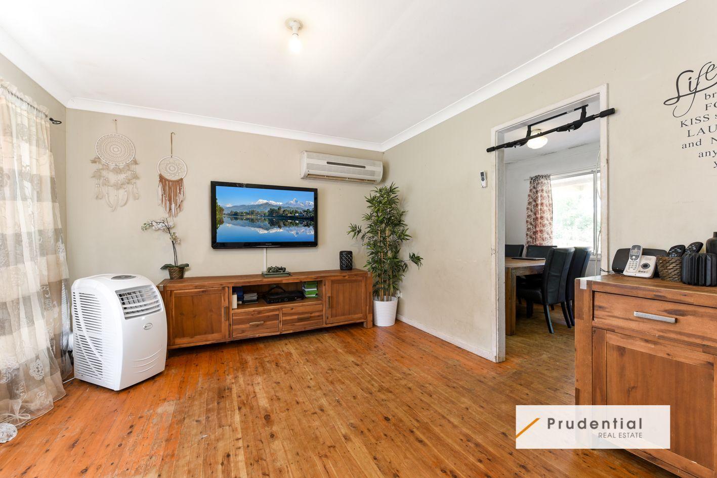 28B Myee Road, Macquarie Fields NSW 2564, Image 1