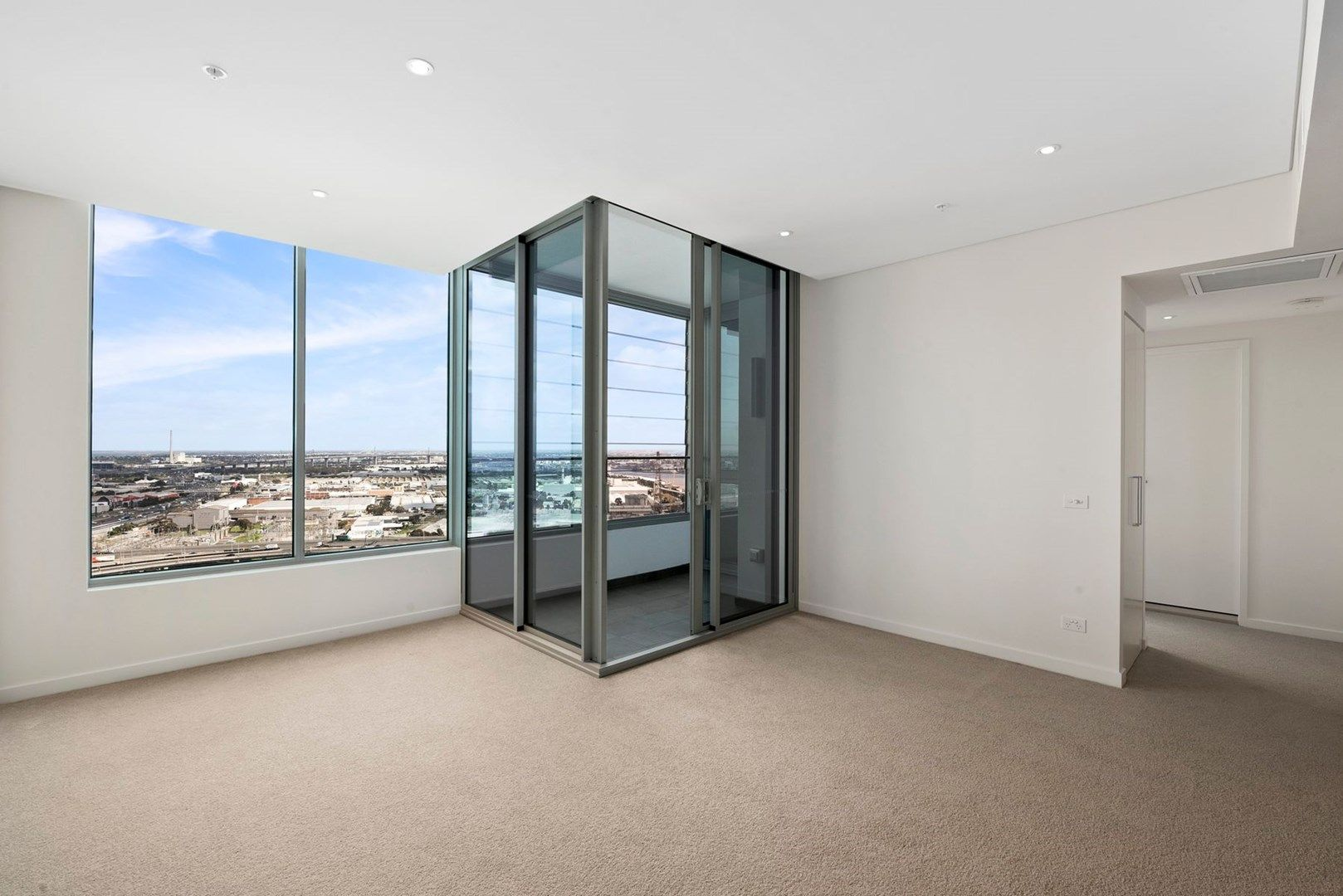 3006/81 South Wharf Drive, Docklands VIC 3008, Image 1