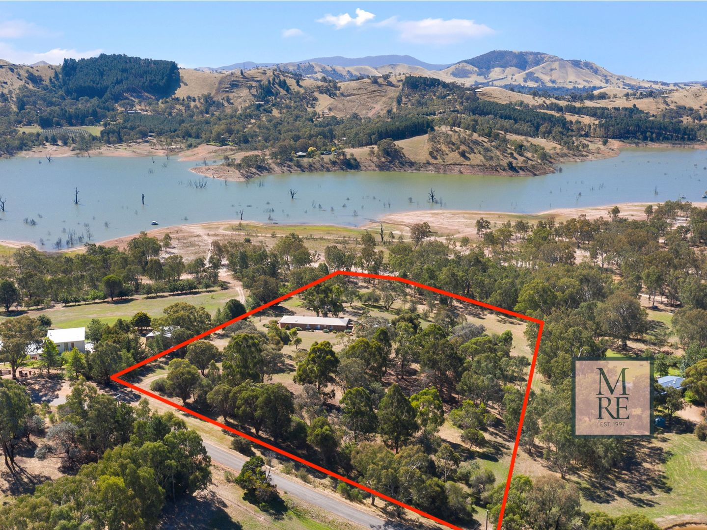 90 McMillan Point Drive, Mansfield VIC 3722, Image 0